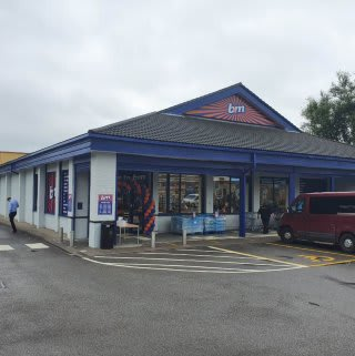 B&M's newest store opened its doors on Friday (19th June 2020) in Golborne. The B&M Store is located in the heart of the town centre on High Street.