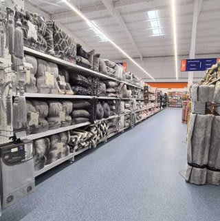 B&M's brand new store in Doncaster stocks a stunning range of soft furnishings for the home, including cushions, covers, throws, blankets and more!