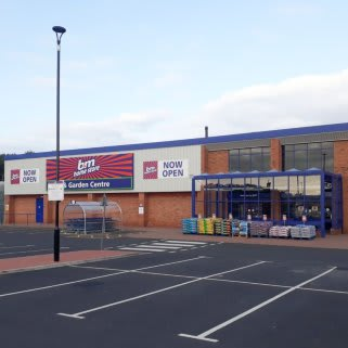 B&M's newest store opened its doors on Friday (7th August 2020) in Washington. The B&M Home Store & Garden Centre has moved from its previous home at Unit 10, to a bigger location at Unit 1, Peel Retail Park.