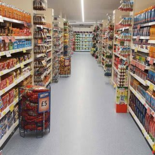 B&M's brand new store in Mold stocks a huge selection of the biggest brands from the world of confectionery. Choose from Cadbury, Galaxy, Nestle, Reese's and so much more!