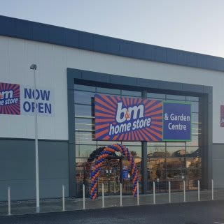 The new B&M Portlethen Home Store and Garden Centre.
