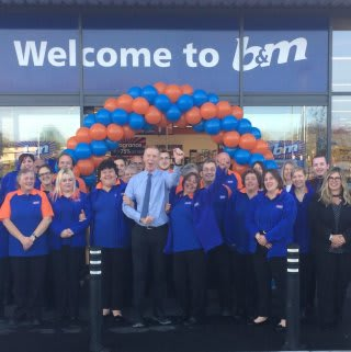 The store team at B&M Wadebridge pose outside the newly opened B&M Bargains store at West Hill.