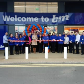 Representatives from Edinburgh Children's Hospital Charity we're invited to cut the ribbon at B&M's new Edinburgh store on Friday. Amy received £250 worth of B&M vouchers on behalf of the charity, as a thank you for taking part.
