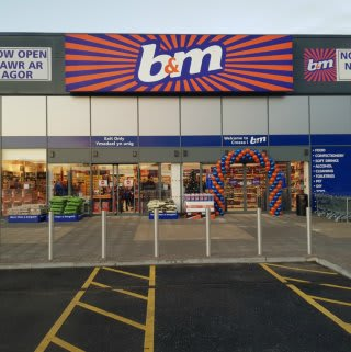 B&M's newest store opened in Swansea on Thursday (30th November 2017), located at Parc Tawe Retail Park.