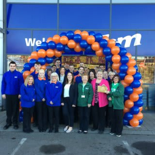 B&M's newest store was officially opened by the local branch of Macmillan Cancer Support. The charity received a donation of £250 worth of B&M vouchers, as a thank you for taking part.