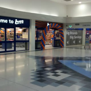 B&M's latest store opened in Fareham on Saturday, located at Thackeray Mall.