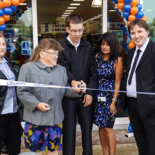 The Store has been opened by representatives from the Osborne Partnership, a local charity finding employment opportunities for people with disabilities, who have gratefully received £250 of B&M Vouchers.