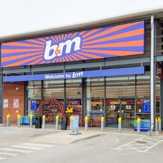The new B&M Catford on opening day