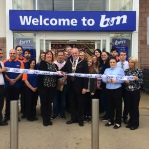 Mayor Frank Walsh officially opened the refurbished store at B&M's Prescot store at Cables Retail Park.
