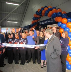 B&M Brunswick being formally opened by the Lord Mayor, Councillor Barry Sutton.