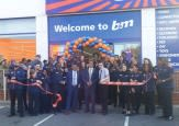 157-ilford-store-opening-ribbon-mayor.jpg