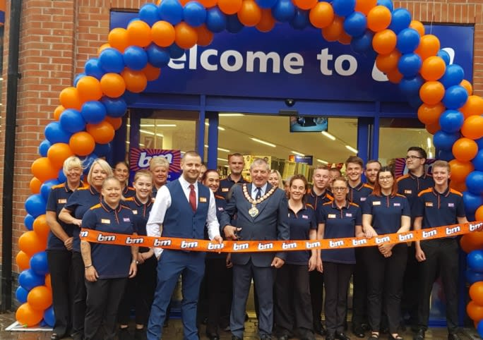 114-redcar-store-opening-relocation-ribbon-mayor.jpg