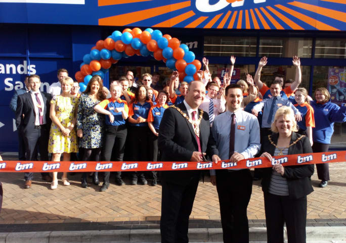 168-blackpool-relocation-store-opening-mayor