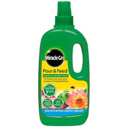 114183-miracle_gro-pour_feed-1l-plant-food