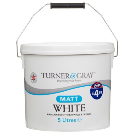 262181-Turner-and-Gray-5L-Matt-White-Emulsion-for-interior-walls-and-ceilings1