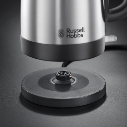 301137-RUSSELL-HOBBS-SS-KETTLE-CANTERBURY-5