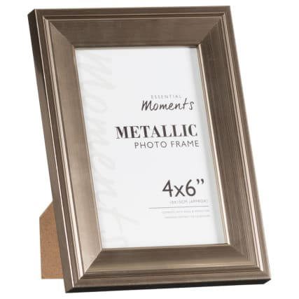 306042-Great-Value-Pack-of-2-Metallic-4x6-inch-Photo-Frames-easel1
