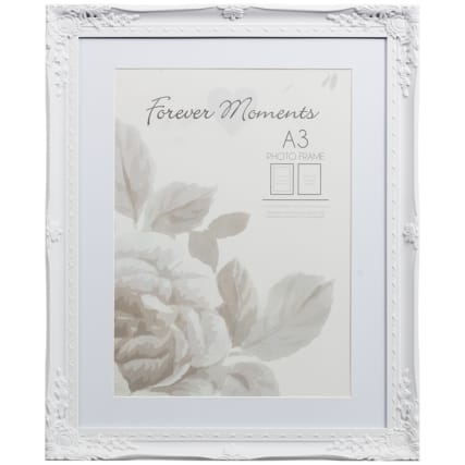 306262-A3-Mounted-Wintage-White-Photo-Frame1