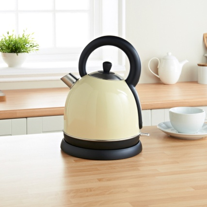 306693-prolex-tradional-kettle-cream-lifestyle