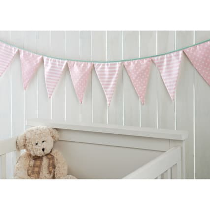309811-Decorative-Nursey-Bunting-pink