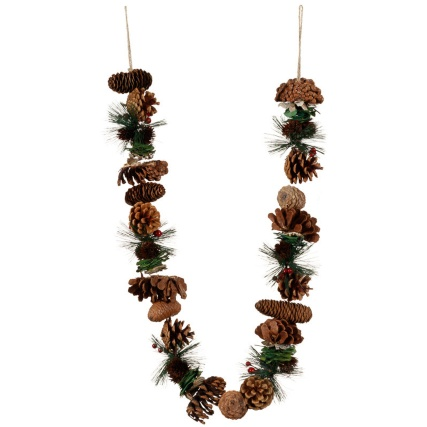 312916-Traditional-Garland-11