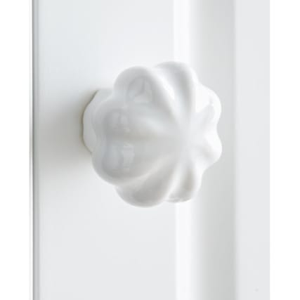 326816-315039-Camille-Handles-1