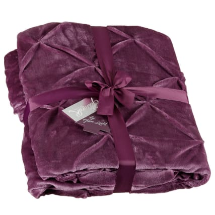 315216-Pintuck-Double-Sided-Throw-plum