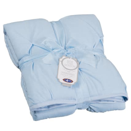 315345-Oversized-Baby-Pintuck-Quilt-blue1