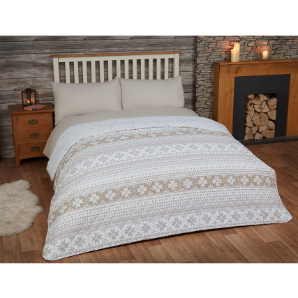 317346-Brushed-Cotton-Nordic-Bedspread
