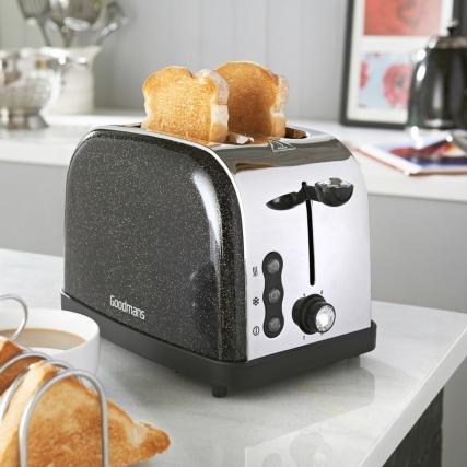 319888-goodmans-diamond-sparkle-toaster-black-Edit