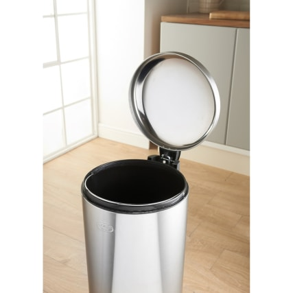 332193-addis--30l-soft-close-bin-classic-3
