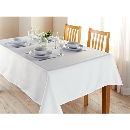 320886-home-and-co-essentials-tablecloth-132x178cm-white-2
