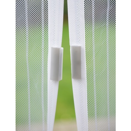 321686-magnetic-insect-door-screen-white-closed