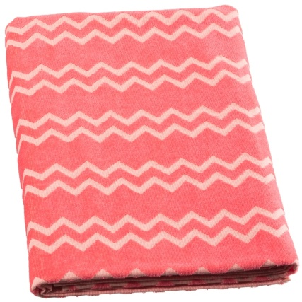 321939-Oversized-Jacquard-Beach-Towel-3
