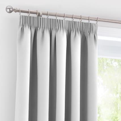 322647-291208-291209-291210-291211-valencia-silver-curtains-2.jpg