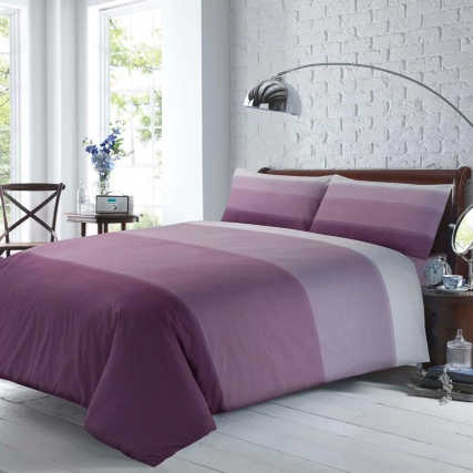 322712-322713-Silent-Night-Supersoft-Mauve-Bedding