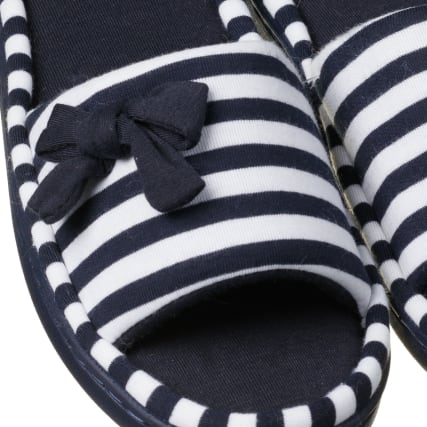 322861-cosy-toes-memory-foam-slippers-3