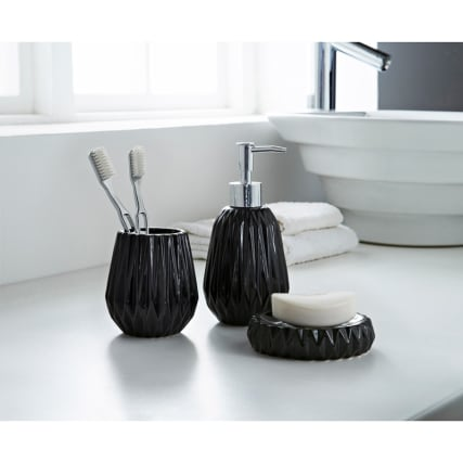 323128-Jagged-Edge-3Pc-Bathroom-set-Black