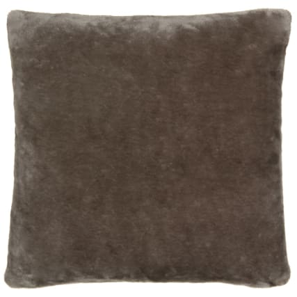 323912-silent-night-faux-fur-cushion-2