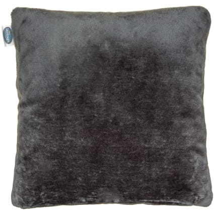 323912-silent-night-faux-fur-cushion-3