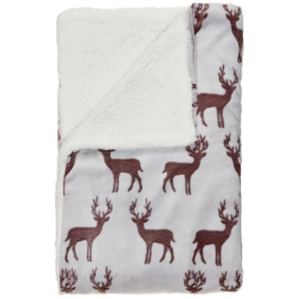 328000-Winter-Collection-Stag-Embossed-Hazy-Sherpa-Throw-21