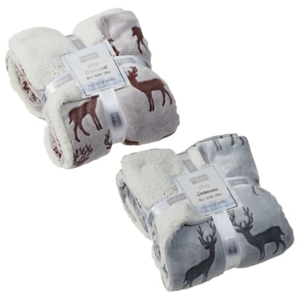 328000-Winter-Collection-Stag-Embossed-Hazy-Sherpa-Throw-Main
