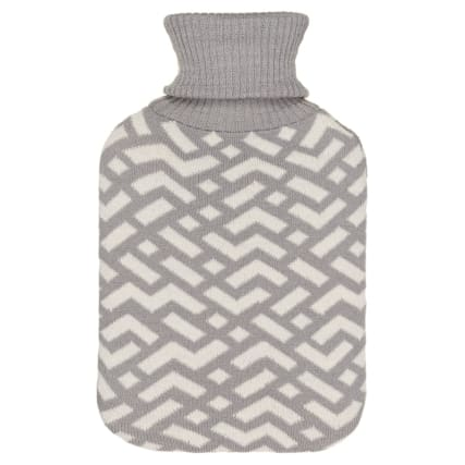328372-knitted-hot-water-bottle-2l-grey