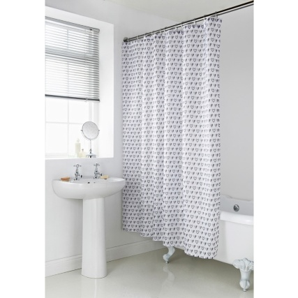 339065-geo-shower-curtain-grey-hearts23