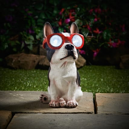 331538-solar-resin-dog-with-sunglasses-2