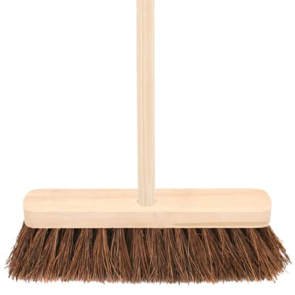 332398-wooden-bassine-yard-broom