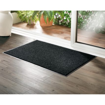 332575-addis-dirt-grabber-large-doormat-55x85-black