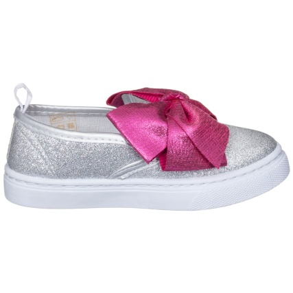 334143-older-girls-bow-canvas-pink-bow-4