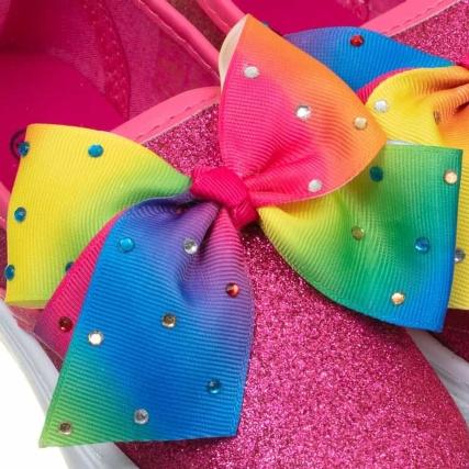 334143-older-girls-bow-canvas-rainbow-bow-3