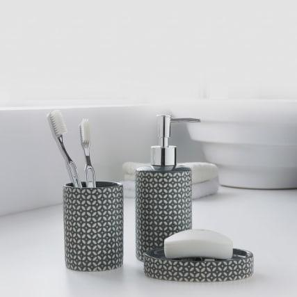 335513-moroccan-bathroom-set-3pk-black